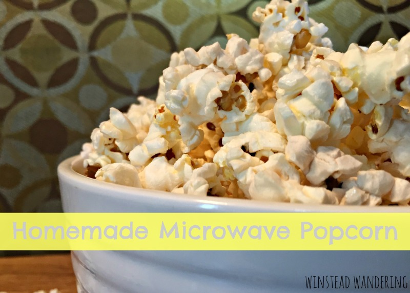 Homemade microwave popcorn. It's easy and tasty, the flavor ...